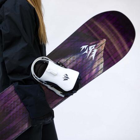 Jones Women's AirHeart Snowboard close up shot with Jones Meteorite bindings